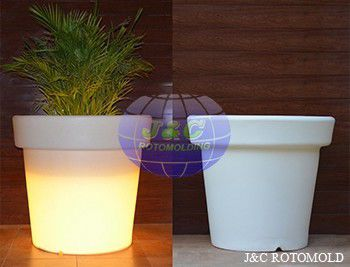 China Round  LED Light PlasticRotomolded Planters By Aluminum A356 Rotomolding Molds supplier