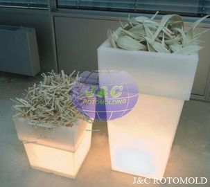 China LLDPE Plastic LED Square Garden Pots And Planters By Precision Rotational Molding supplier